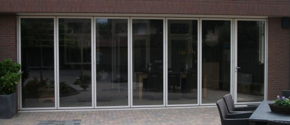 Binnen Schuifdeuren In Glas.Lumalux Vouwwanden Van Glas Glazen Schuifdeuren